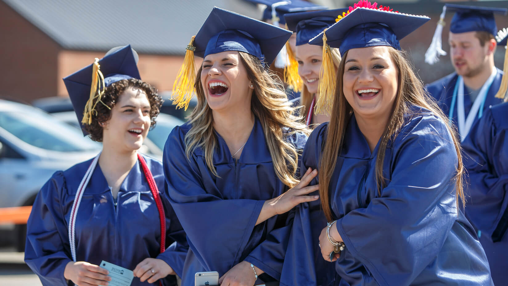 featured image for Videos, images from Commencement 2016 available online